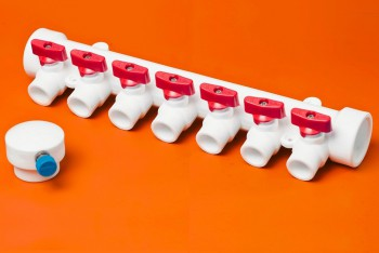 ППРС Коллектор 40-20х7 красный кран с возд - Производство и продажа полипропиленовых труб «МегаТерм»