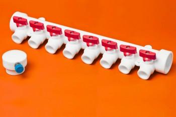 ППРС Коллектор 40-20х8 красный кран с возд - Производство и продажа полипропиленовых труб «МегаТерм»
